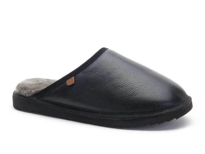 Warmbat Hausschuh CLASSIC black Leder mit Lammfell