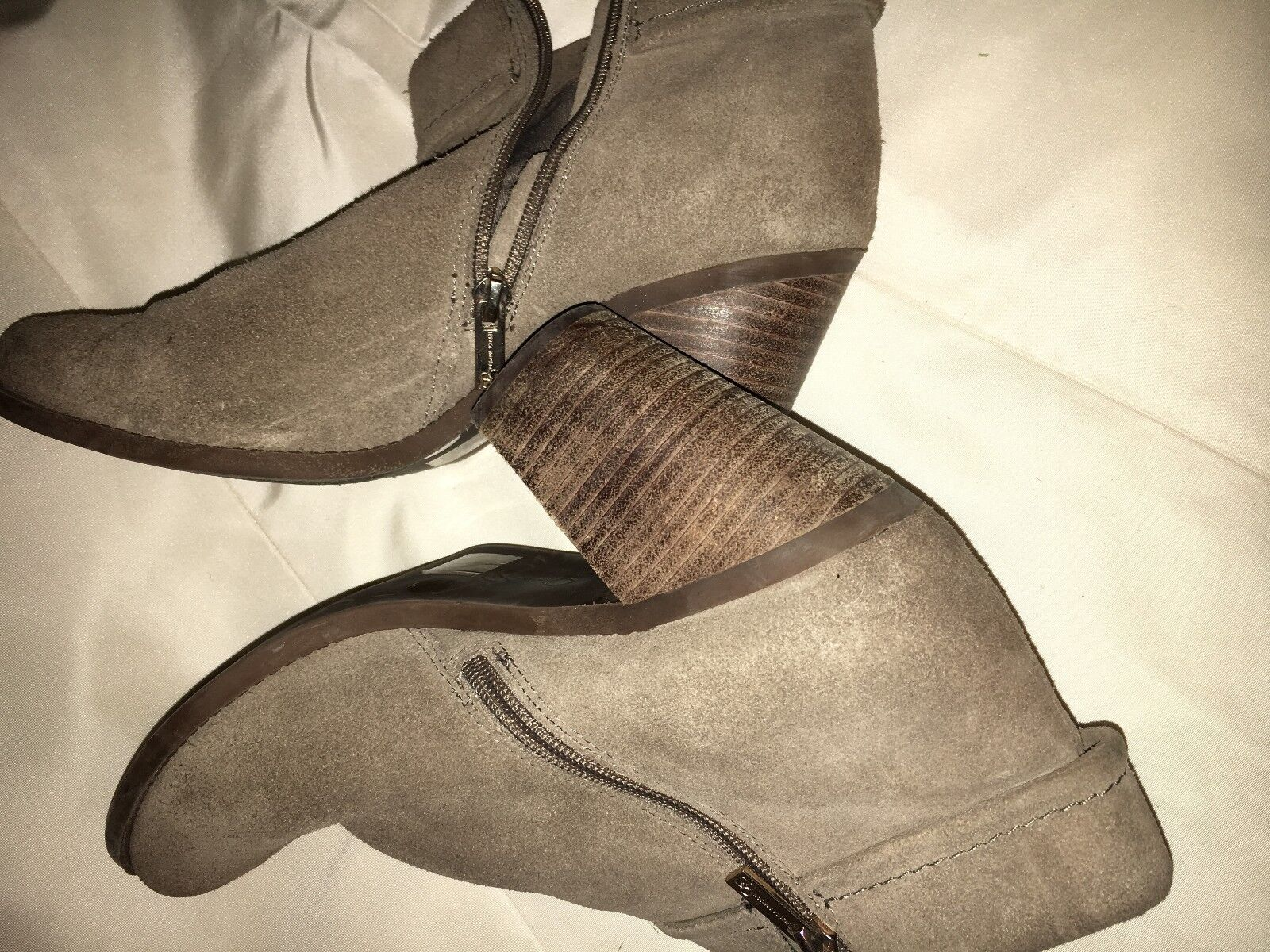 JESSICA SIMPSON NATURAL SUEDE FRAY WOMEN ANKLE BOOT SIZE 9.5M STYLISH WINTER