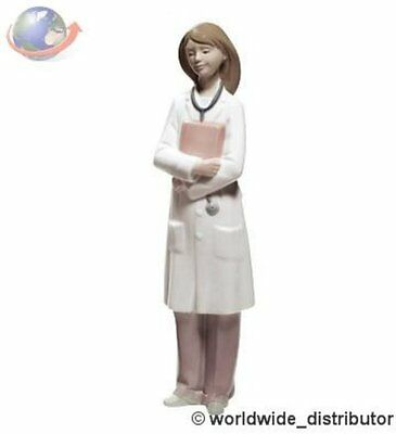 SALE Nao By Lladro Porcelain  DOCTOR - FEMALE 020.01684 Worldwide Ship
