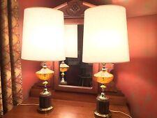 PAIR MID CENTURY MODERN BRASS AMBER HONEY GLASS TABLE LAMPS HOLLYWOOD REGENCY