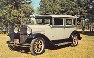 1931-WILLYS-SEDAN-Car-Life-Museum-Classic-Car-Automobile-c1970s-Vintage-Postcard