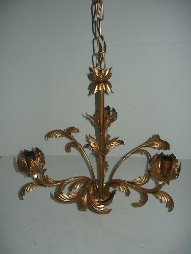 Lampadario con a catena sospensione color bronzo a con 3 luci d9de67