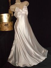 """USA  S VinTage Victoria's Secret Long Glossy Pink Satin Nightgown 112"""" Sweep"""