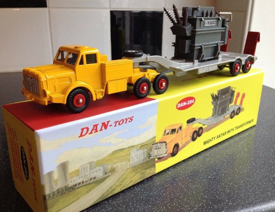 DINKY SUPERTOYS 908 Dan toys 284 Mighty Antar with transformer SUPERBE Lt500