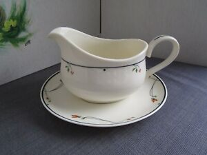 GORHAM-Ariana-Town-and-Country-Fine-China-Collection-Gravy-boat-amp-Under-plate