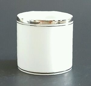Fukagawa-Arita-Platinum-Hand-Painted-Napkin-Ring-Made-in-Japan-White