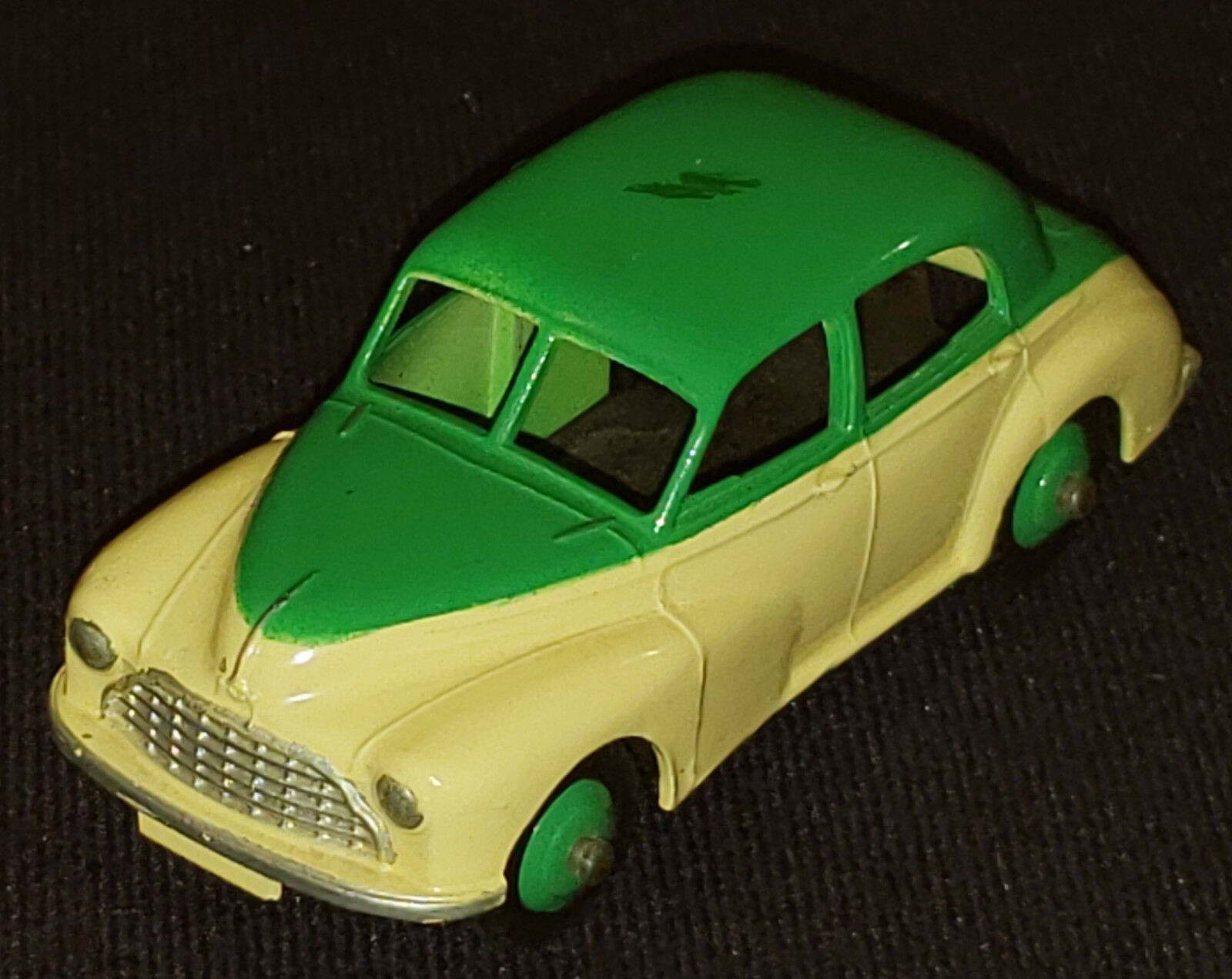 distribución global Dinky Juguetes -    159 Morris Oxford Berlina-amarillo y verde-original  calidad de primera clase