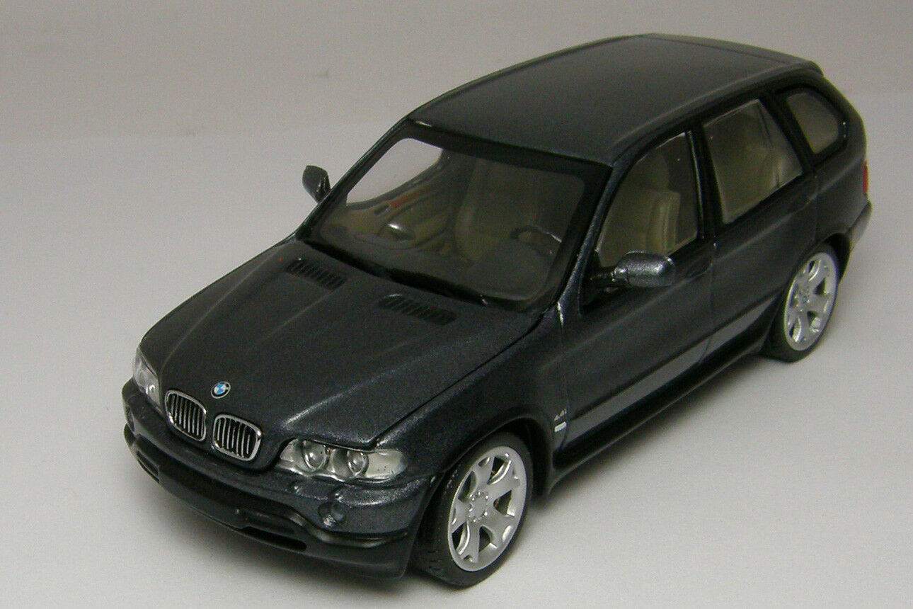 1 43 BMW X5 e53 2000 Grey Flavours of Asia MINICHAMPS Limited Model number 391