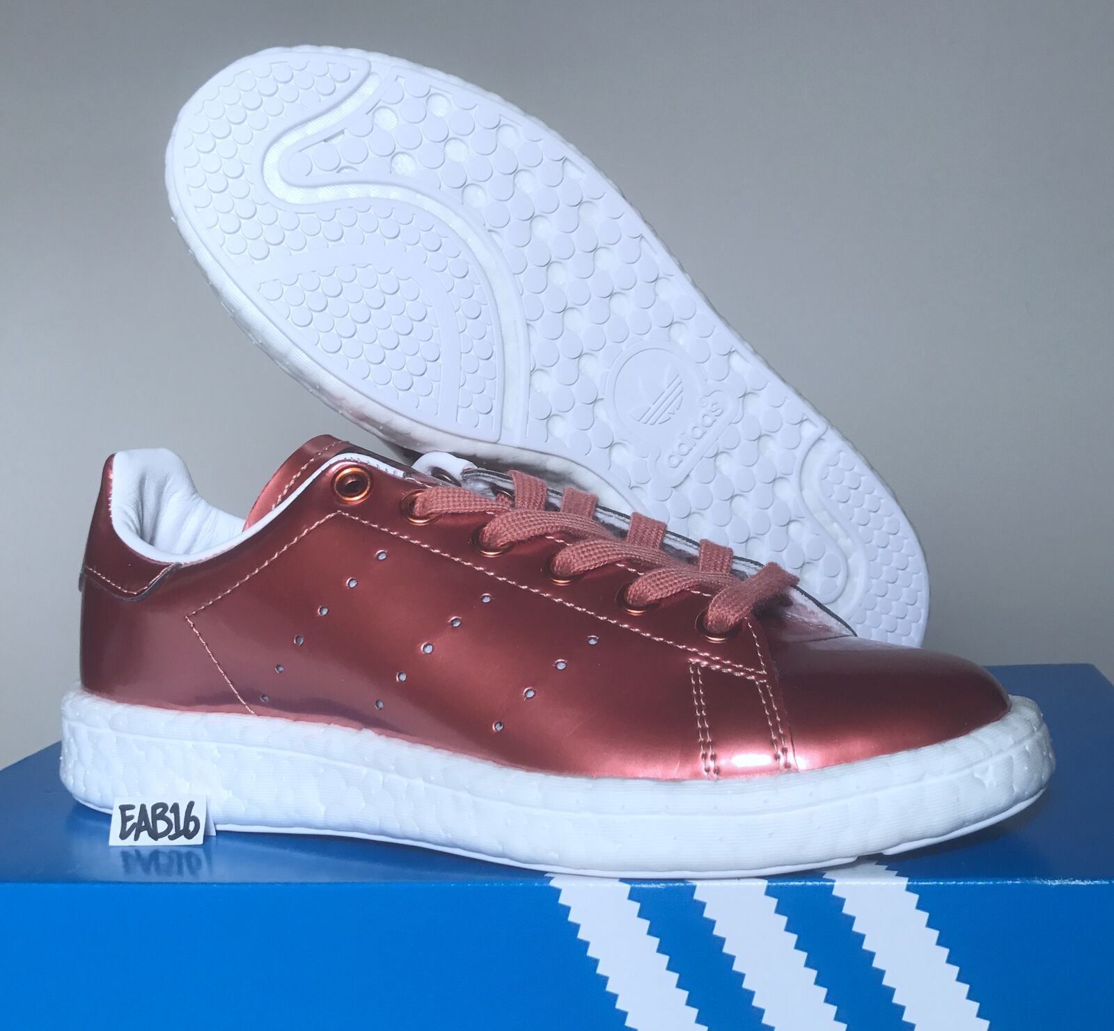 Adidas Originals Womens W Stan Smith BOOST Metallic Copper BB0107 Rose Gold best-selling model of the brand
