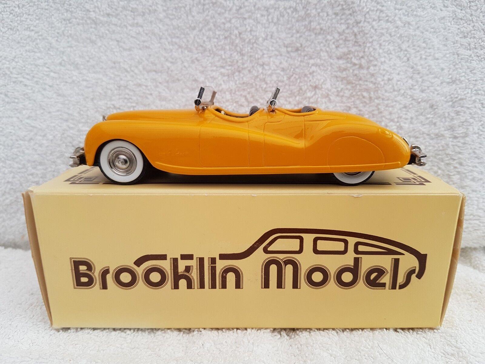BROOKLIN models Brk.8 1940 CHRYSLER NEWPORT DUAL Cappuccio Phaeton