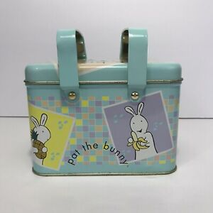 Vintage-Pat-The-Bunny-Tin-Container-Metal-Lunch-Box-w-Handles-Empty-1999-Penk