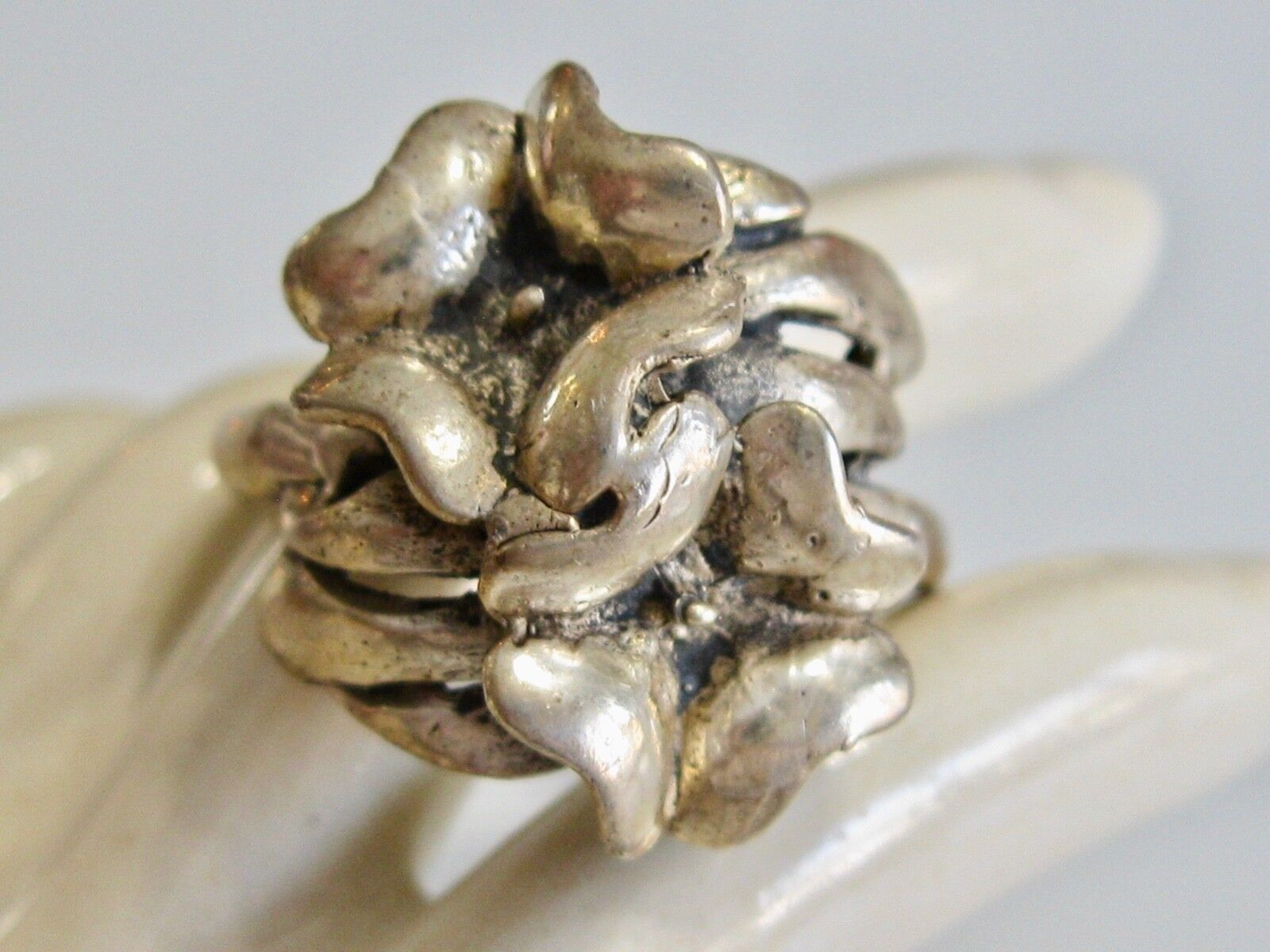 335f7fc57 VINTAGE HANDCRAFTED STERLING DOUBLE BY PASS RING FORGET ME NOT SIZE ...