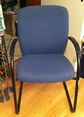 Besucherstühle Blau Drabert? 1 X Wippe 1 X 4-beinig 2 Konferenz-stühle