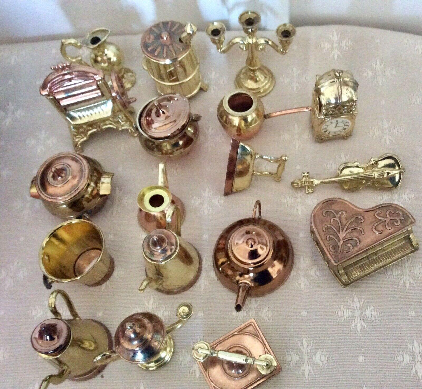 Vintage Miniature Set Of 18 Dollhouse Copper Brass Iron Made In England