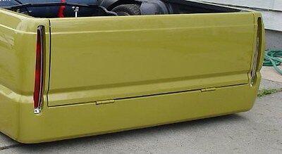 86-93 Mazda B Series B-2000 2200 2600 ROLLPAN W//plate box Center