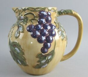 Noble-Excellence-China-MERITAGE-96oz-Pitcher