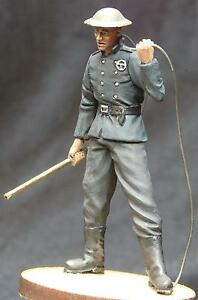 1-35-Scale-resin-model-kit-British-1940-039-s-National-Fire-Service-Fireman-1