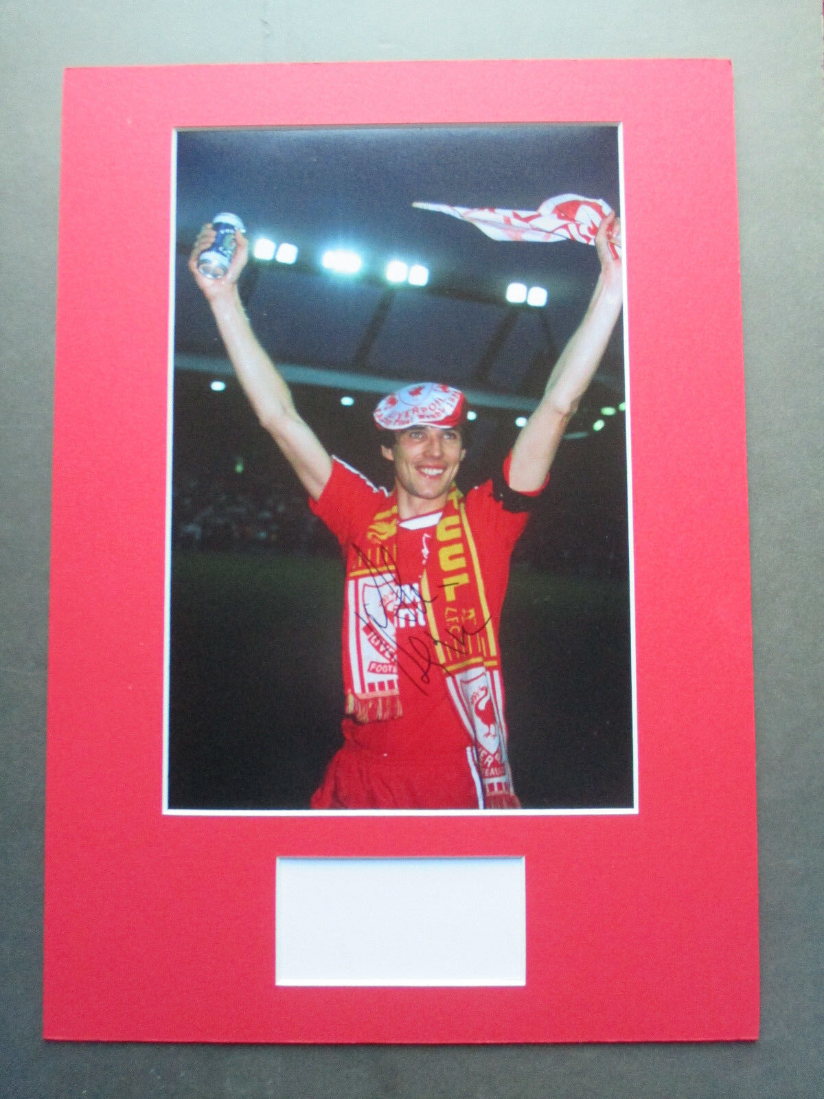 LIVERPOOL LEGEND ALAN HANSEN GENUINE HAND SIGNED A3 MOUNTED PHOTO DISPLAY - COA