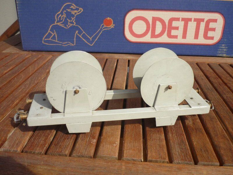 O Scale Self Made Flat Wagon with 2 Cable Reel 2 Axle