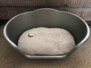 Rationnel Small Silver Plastic Pet Bed Chat Chien Panier De Luxe Gris Polaire Lavable Coussin-afficher Le Titre D'origine Avec Des MéThodes Traditionnelles