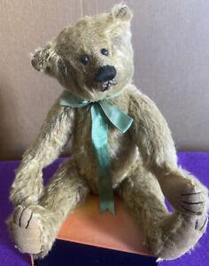 Vintage-2000-Gallery-12-034-Jointed-Legs-Teddy-Bear-Signed-By-Barbara-Ferrier-2231