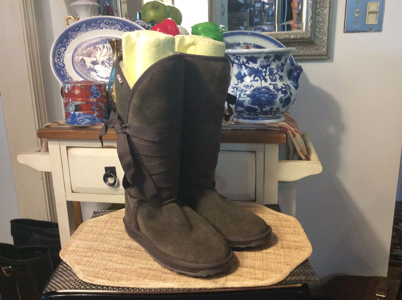 Emu Suede Wool Lined Winter Boots Brown Size 9M