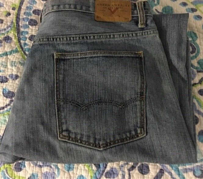 American Eagle Outfitters distressed Wash Bootcut Jeans 36 x 34