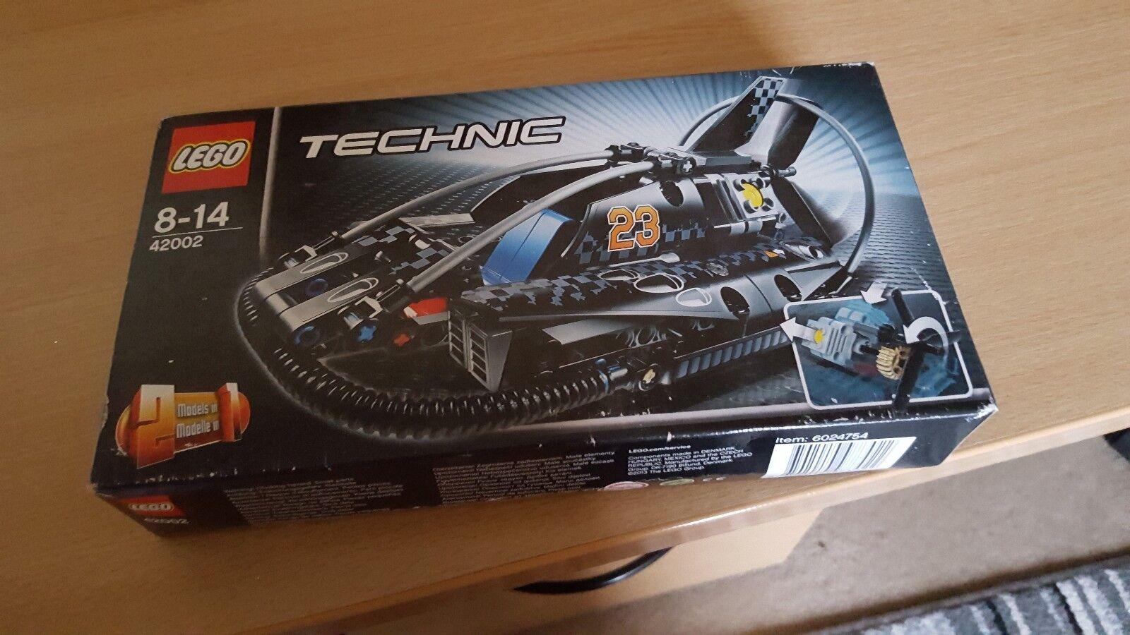 Lego technic Hovercraft 42002 BNIB