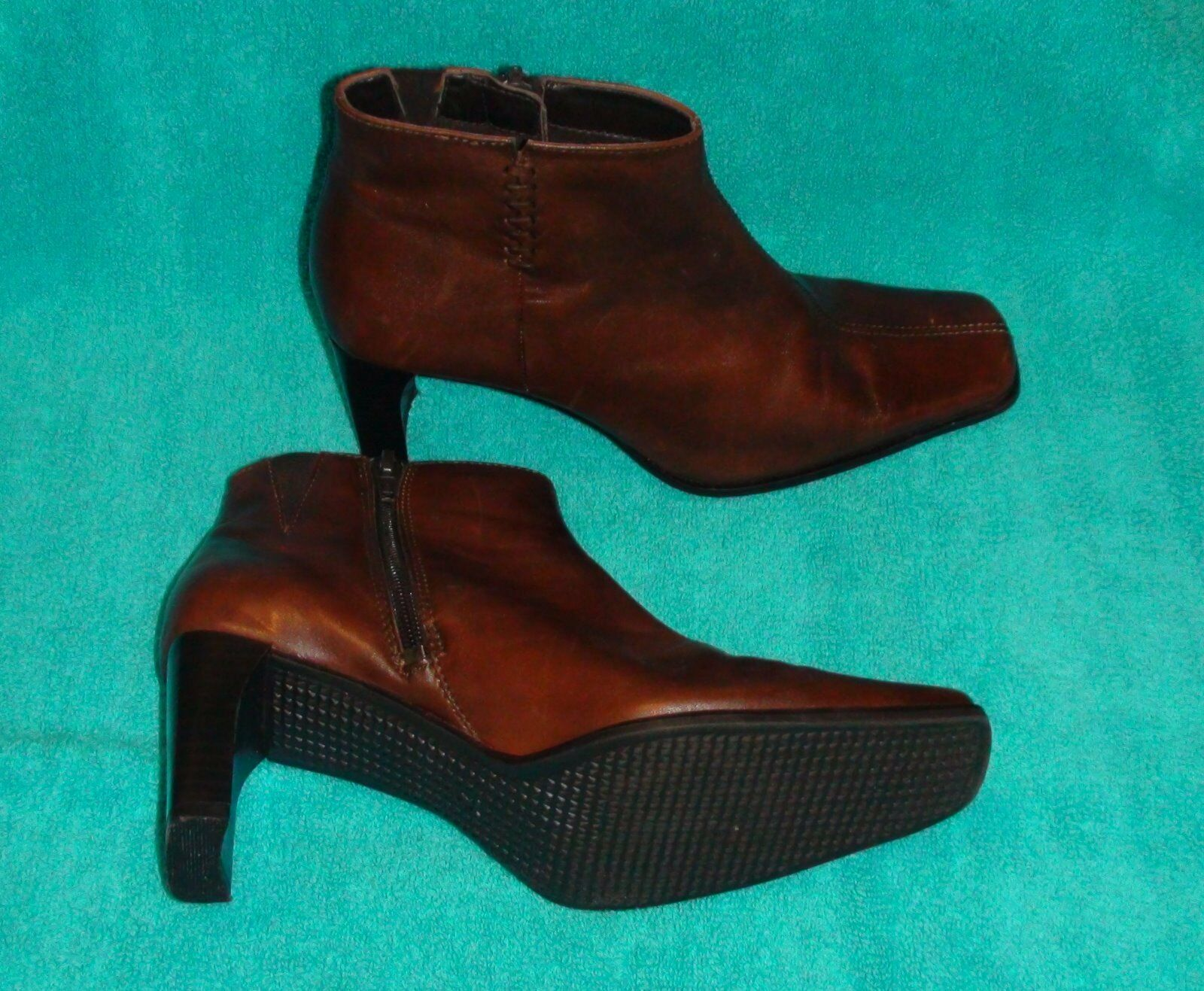 "Maripe Brown Leather Ankle Boots~Size 7 B~Square Toe~Approx. 2 3/4"" Heel~Zip-Up"