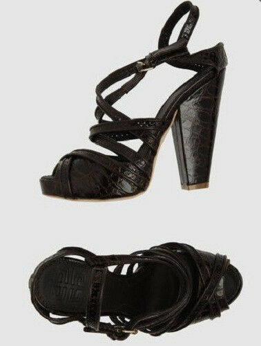 NIB GIVENCHY brown leather wedge sandals 39