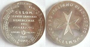 SMOM medaglia soccorsi ai tifosi di Calcio mondiali 1990 ordine di Malta
