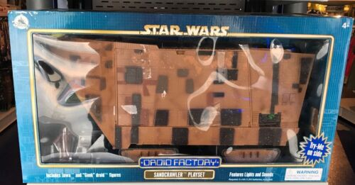 Disney Parks Exclusive Star Wars Droid Factory Sandcrawler Playset New in Box