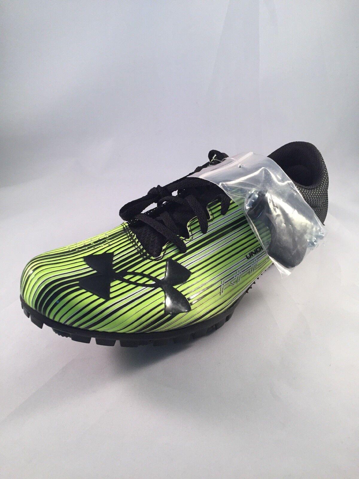 Nuovo in armatura mens calcio sprint spike 1273939 300 46 | Grande Varietà  | Maschio/Ragazze Scarpa
