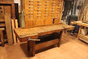 antico banco tavolo da falegname, restaurato finitura a gommalacca e ...