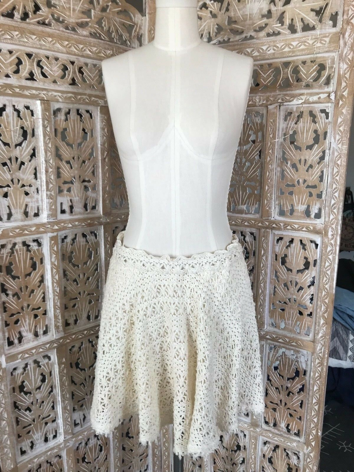 SO RARE Free People Beach GORGEOUS Romantic Circle Town Crochet Flare Skirt S