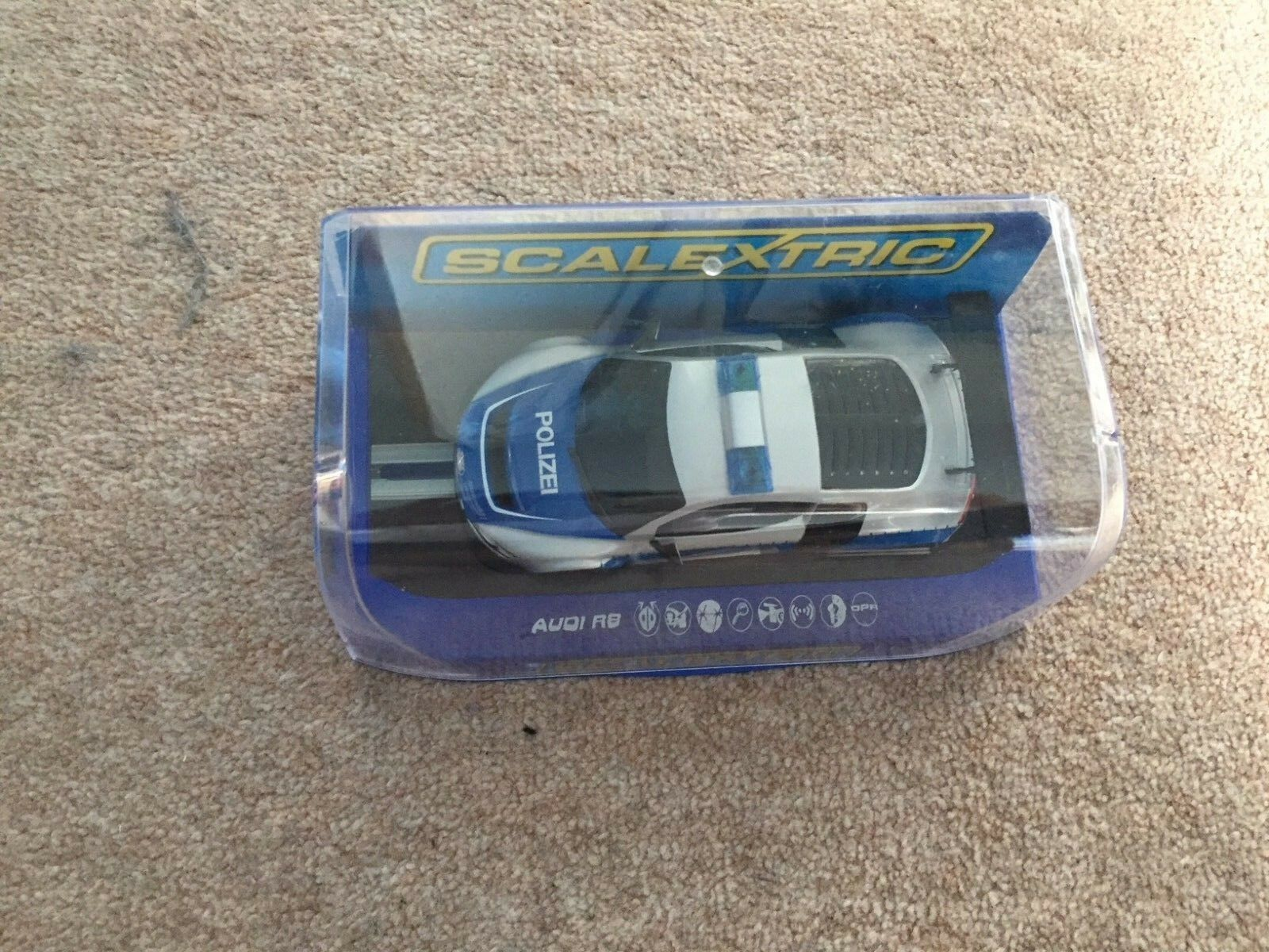 1 32 scale Scalextric Audi R8 Police Car bluee and White (see description)