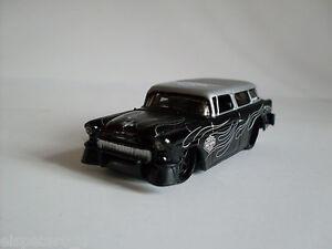 H-D-Custom-1955-Chevrolet-Nomad-Maisto-Auto-Modelo-1-64