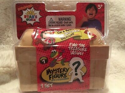 Ryan/'s World Uncover the Mystery Figure Cap/'n Ryan/'s Dig n Discover Treasure