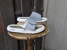 Nike Air Jordan Slip on Slides Men Size 9 Gray/White 555501-100