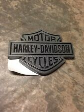 Harley Davidson Dylan Left Side Tank Emblem -62314-08 Bar And Shield