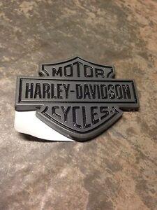 Harley Davidson Dylan Left Side Tank Emblem 62314 08 Bar