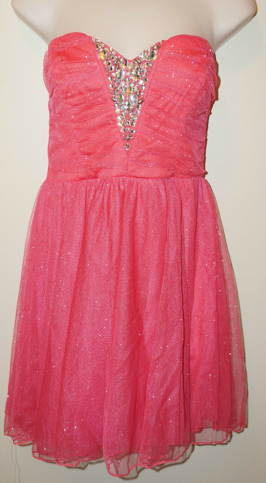 TRIXXI Junior's Strapless Sparkle Formal Dress