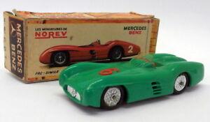 Échelle de plastique Vintage Norev au 1/43 - 13 Mercedes Benz Competition Green # 6