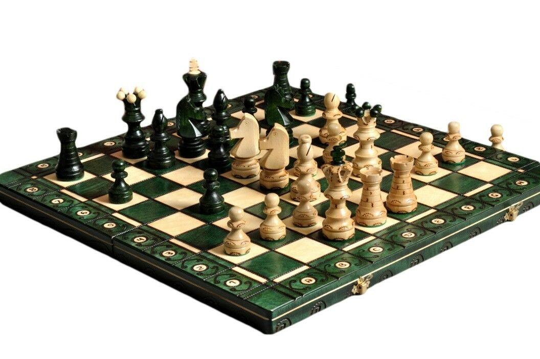 The  vert Ambassador Chess Set  pas cher