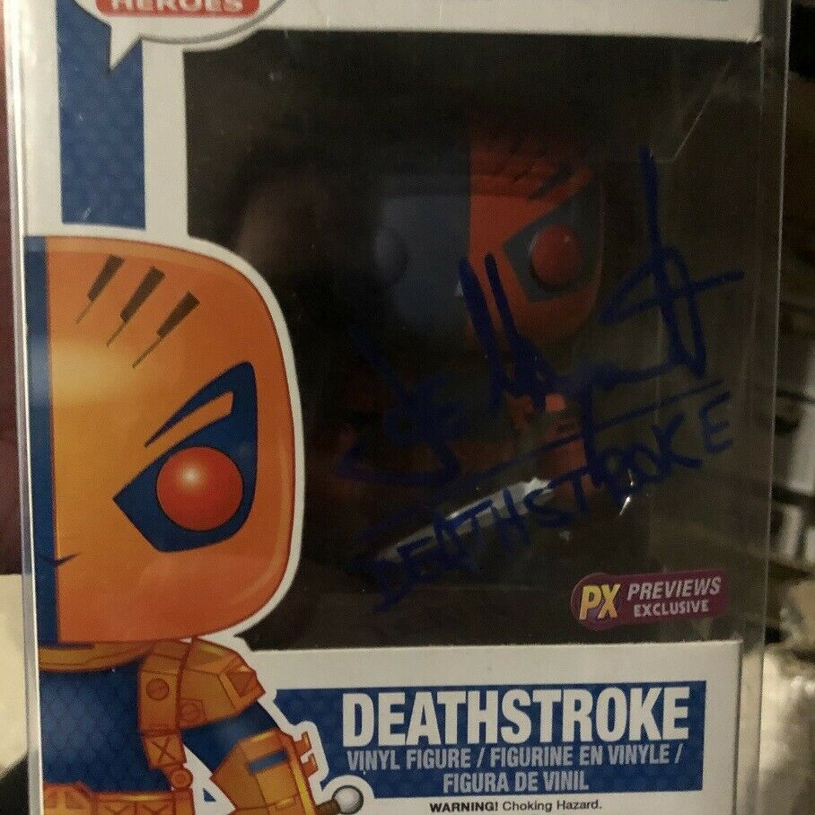 Deathstroke Joe Manganiello signed Funko pop 49