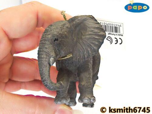 Papo Elefante Africano vitello Bagagliaio verso il basso in plastica solida giocattolo Wild Zoo Animale NUOVO