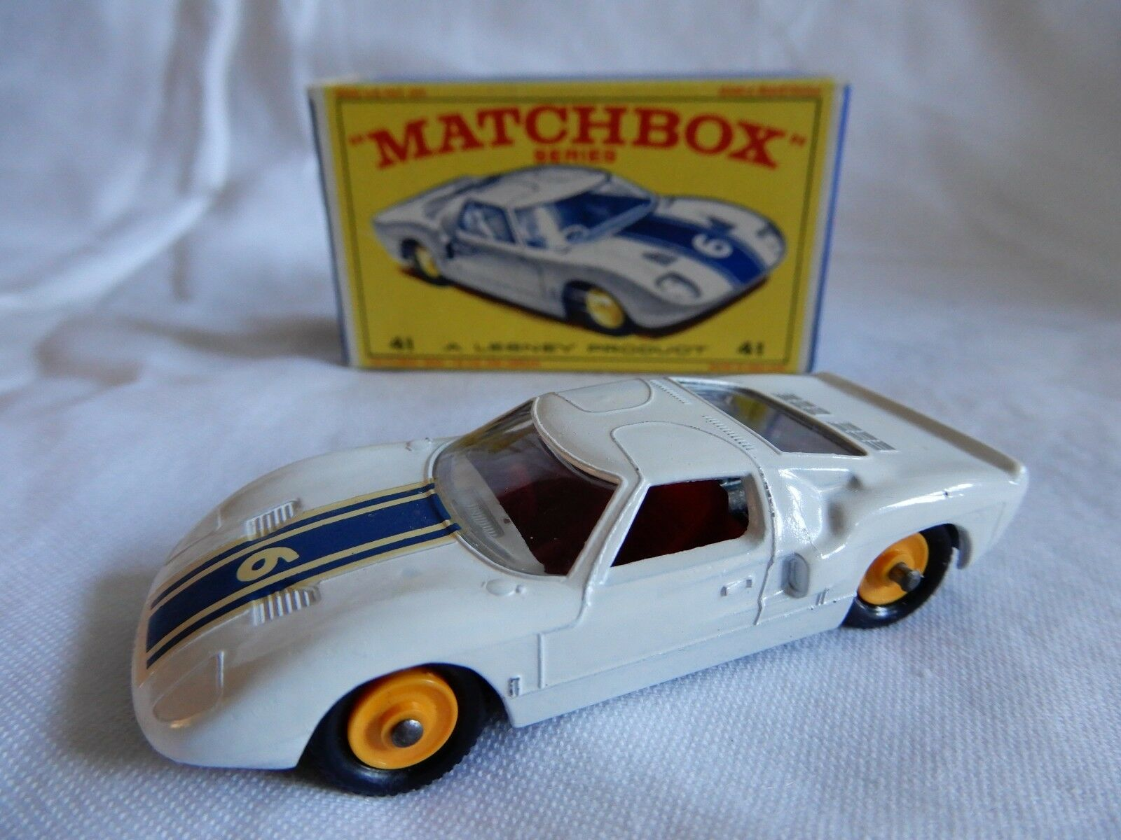 LESNEY MATCHBOX SERIES  FORD G T  41 CAR BOXED MADE IN ENGLAND GOOD CONDITION