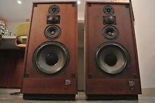 McIntosh XR14 Vintage Isoplanar Radiator Floor Speakers - Near Mint