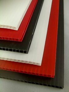 50 X A4 Sheets of Black Correx Plastic Fluted Sheet Display Board