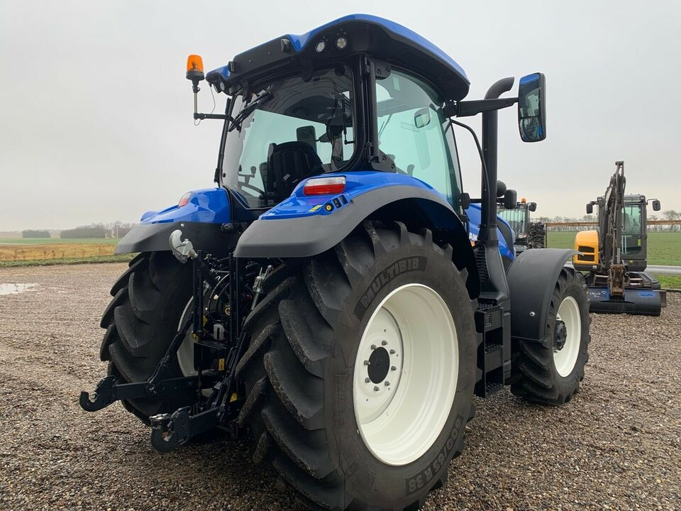 new holland , T6.155, timer 147